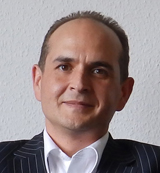 Tobias Schrade